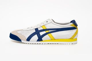 buy online e071f 9d36f Street Fighter V x Onitsuka Tiger Mexico 66 SD  Official Info