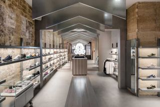 nouveau concept b7bba d0a2a London Sneaker Boutique Footpatrol Officially Opens in Paris