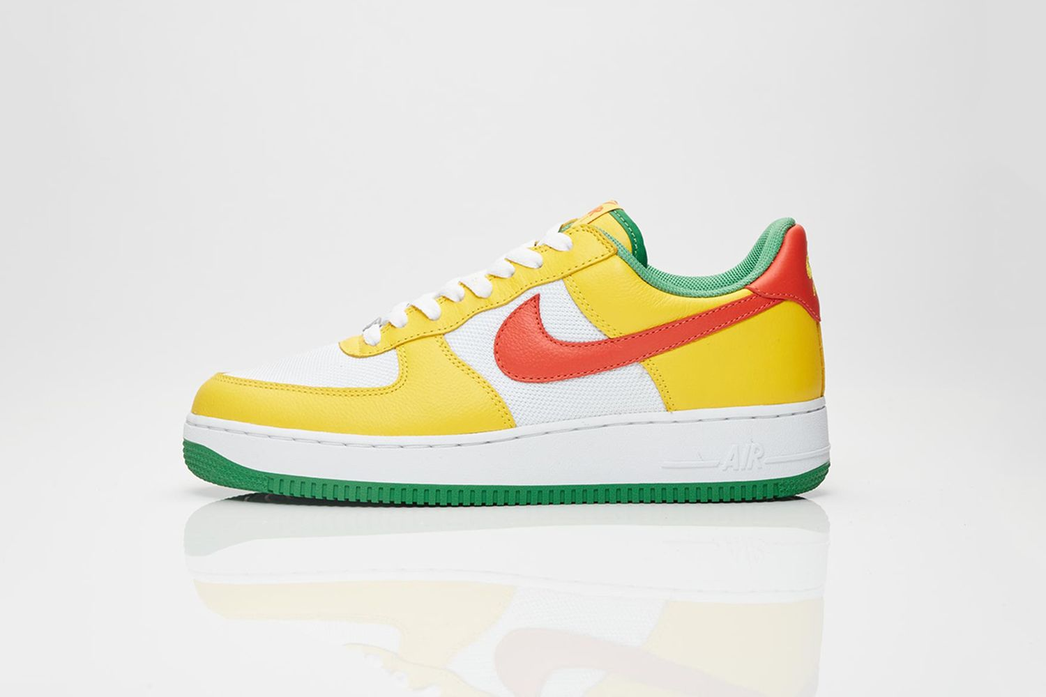 Air Force 1 'Carnival' Pack