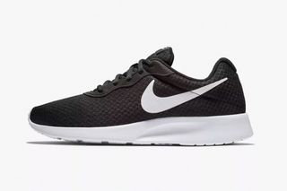 super popular c8afe 07259 Here Are the 10 Best Selling Sneakers of 2018 Q3