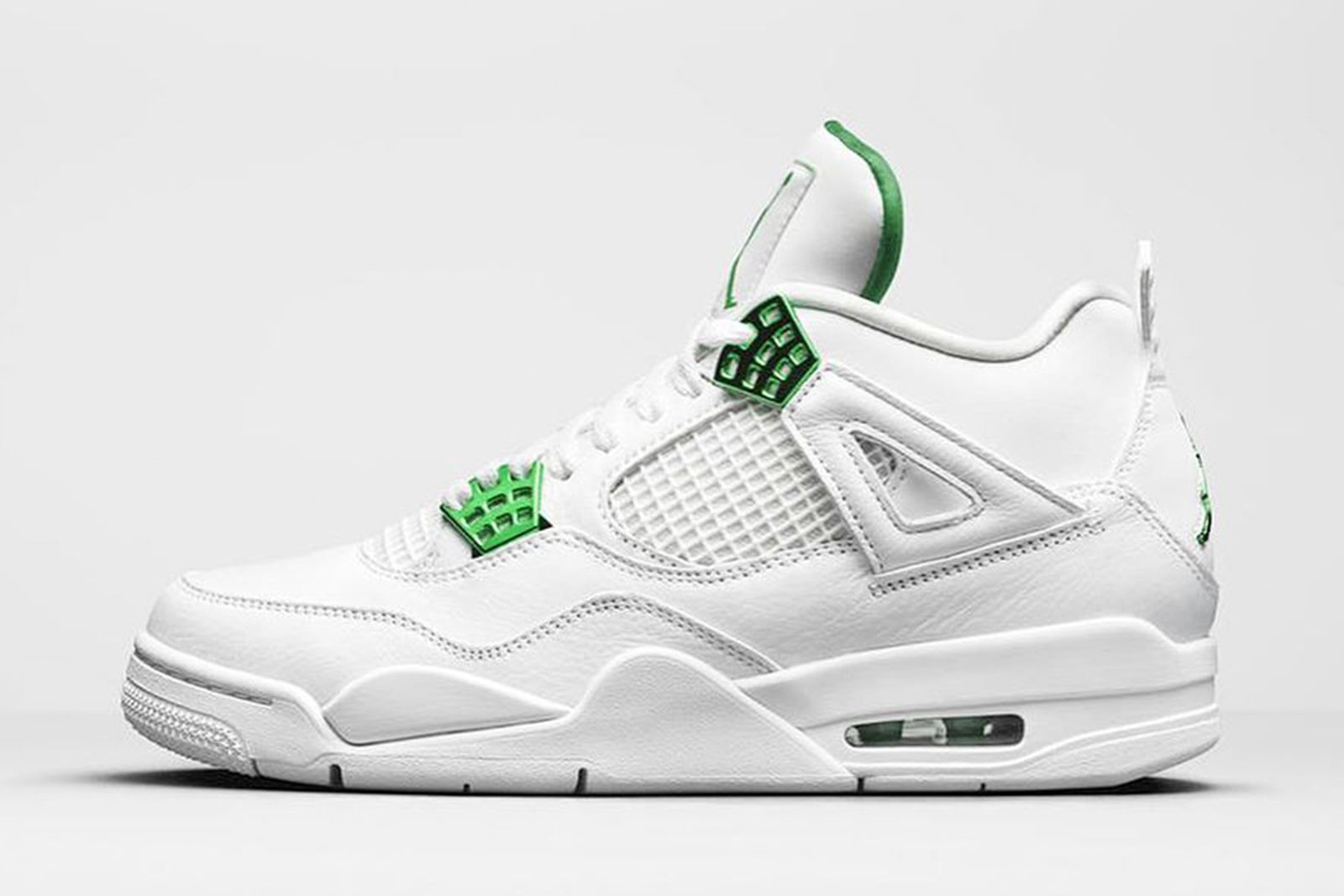 nike air jordan 4 metallic green product shot