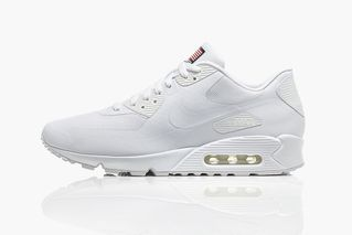 new products 53e45 95344 Nike Air Max 90 Independence Day Pack • Highsnobiety