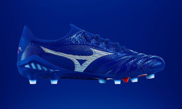 Mizuno Morelia Neo 3 blue kangaroo leather football boot product shot side view