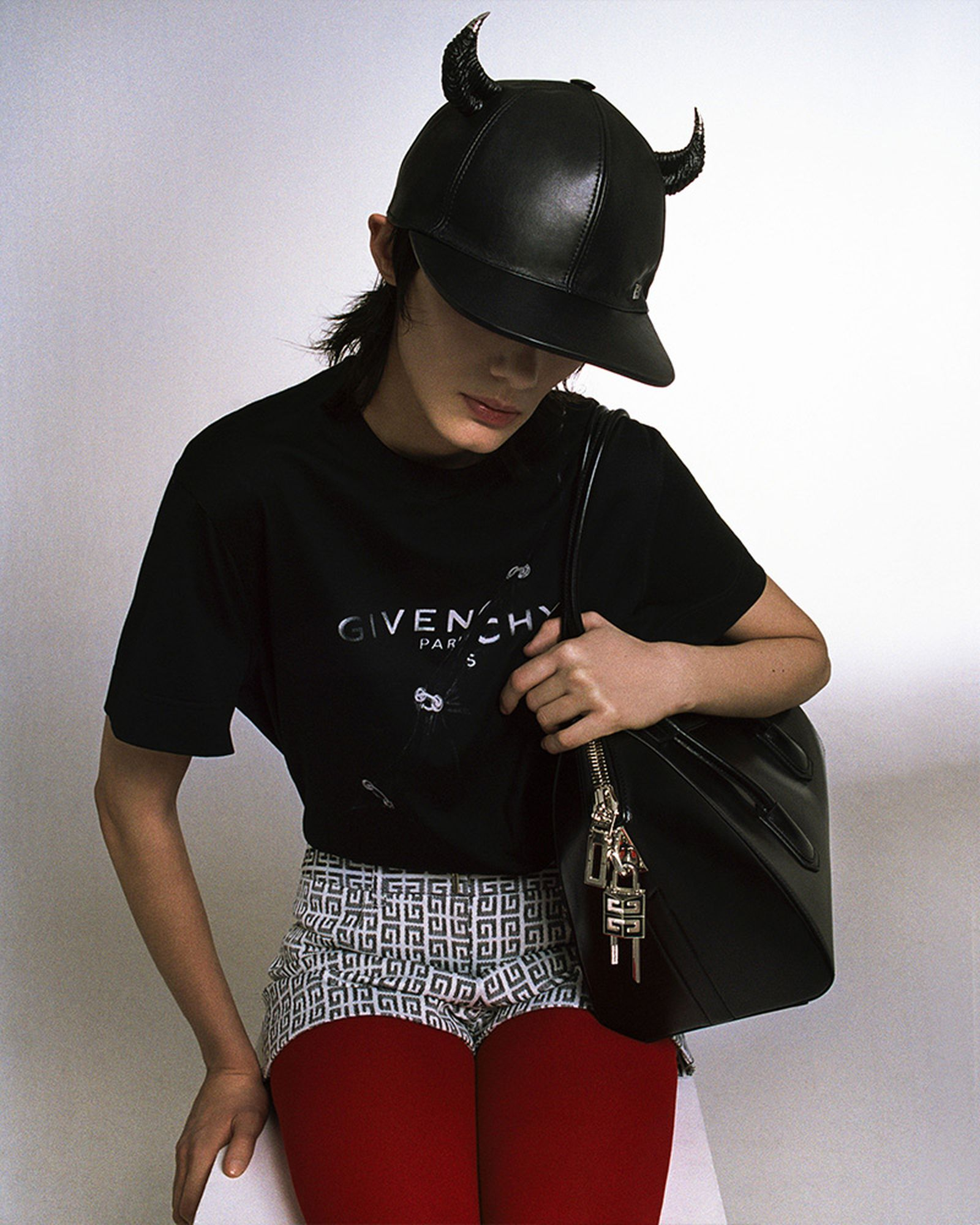 givenchy-spring-2021-1-17