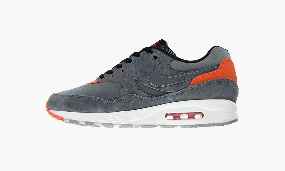 Inapropiado Experto tira  Check Out the size? x Nike Air Max Light for Air Max Day 2019