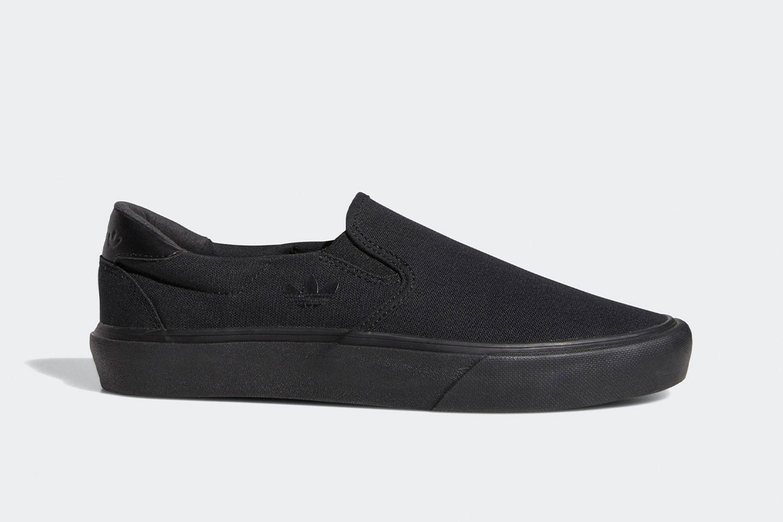 Court Rallye Slip Shoes