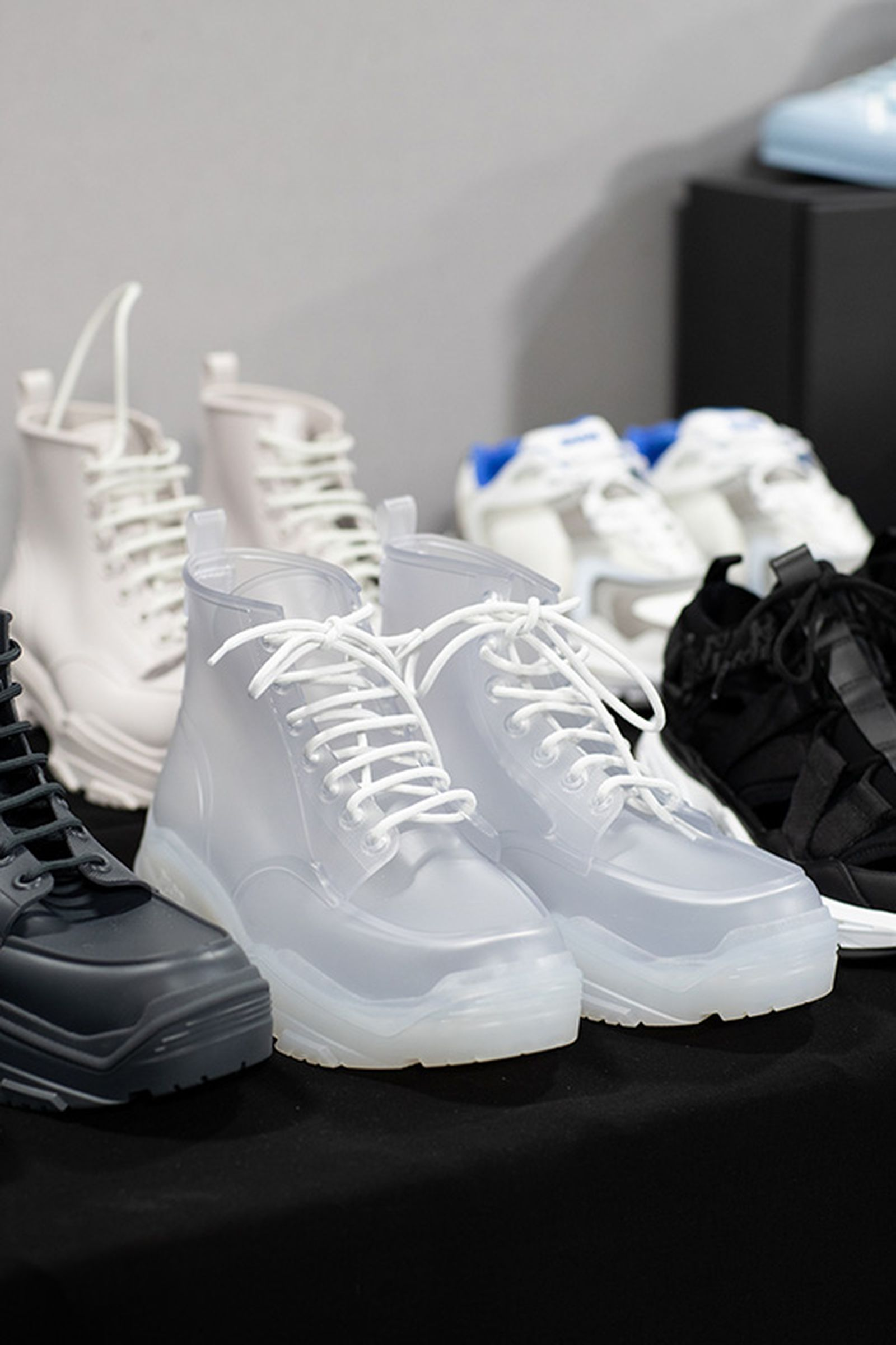 dior ss20 sneakers accessories Louis Vuitton Nike OAMC