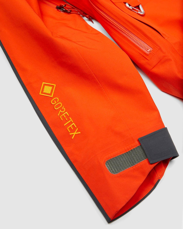"Nike ACG Gore-Tex ""Misery Ridge"" - Orange - Women's Jacket - Image 3"