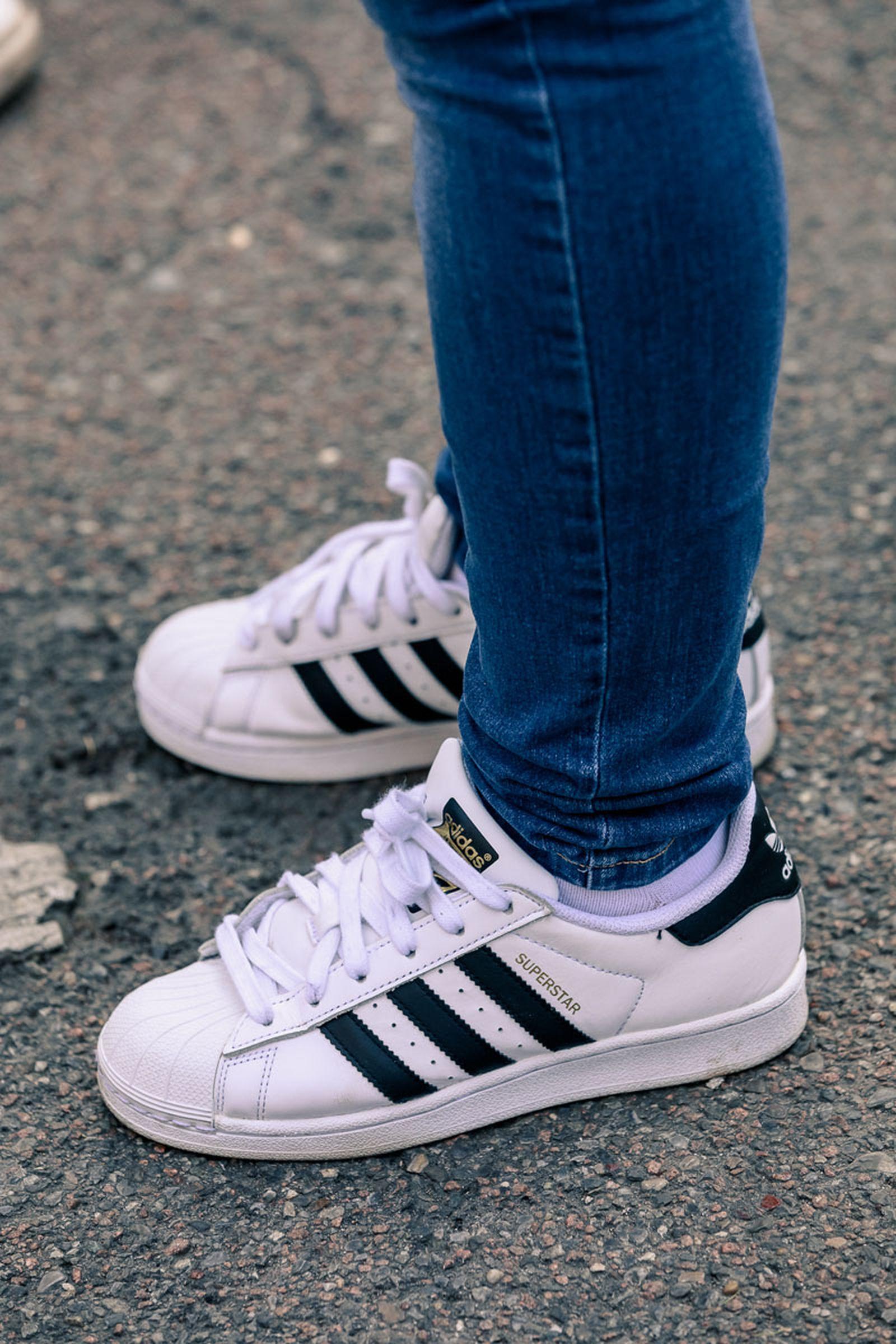 milan-fw20-sneaker-streetstyle-04
