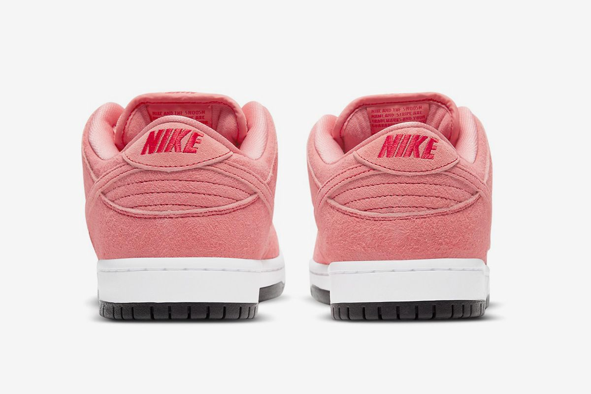 "Add Nike SB's Dunk Low ""Pink Pig"" to Your Wish List Along With These Other Fire Kicks 66"