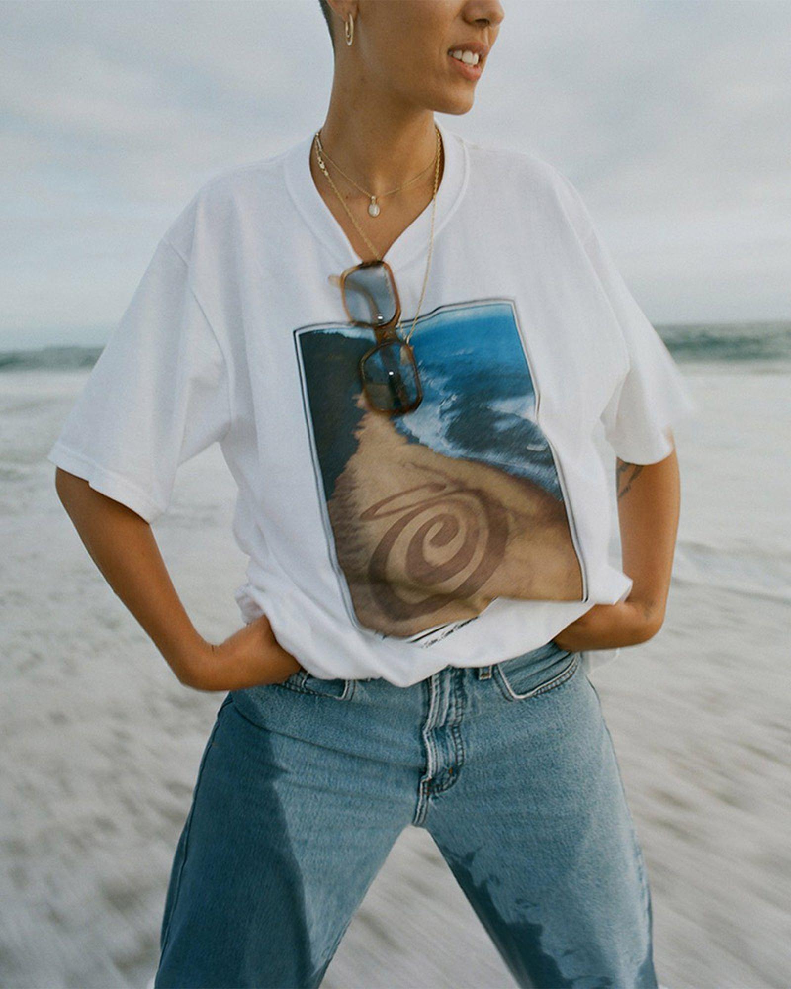 1stussy-beach-tee-campaign