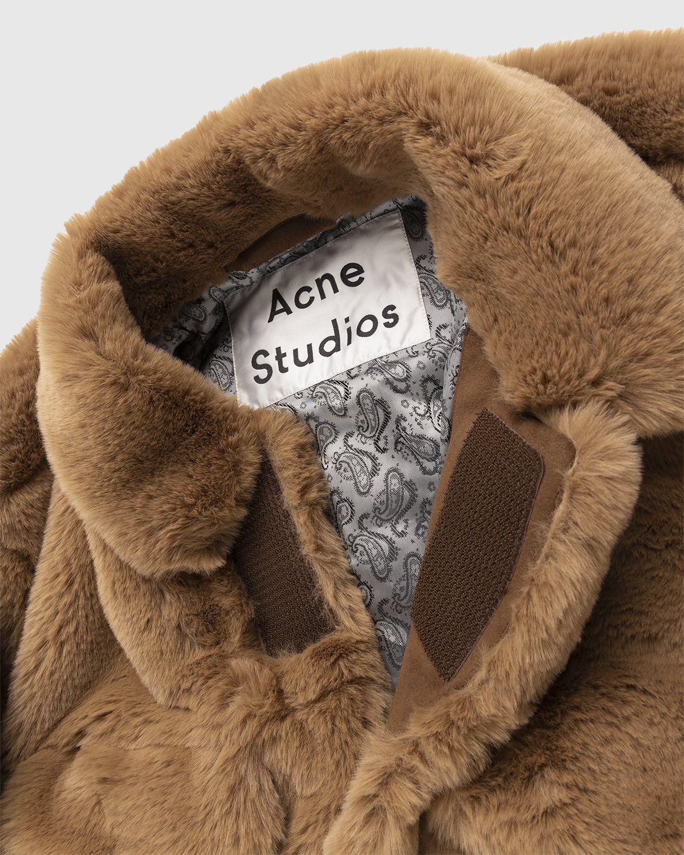 Acne Studios – Boxy Faux Fur Jacket Beige - Image 3