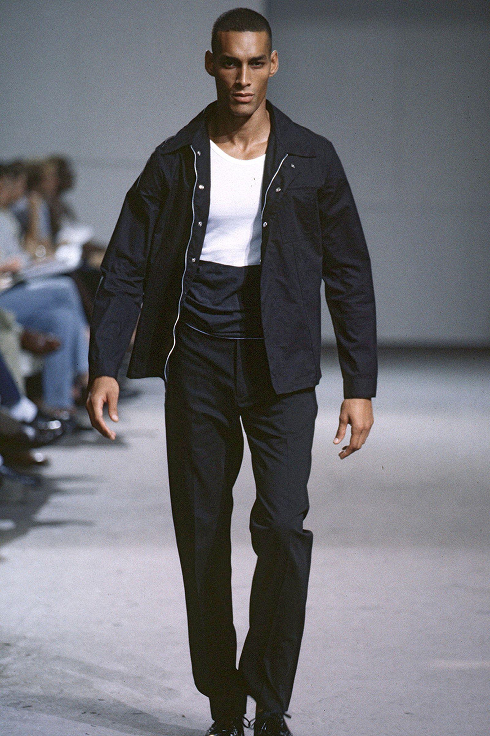 the-12-fashion-shows-that-changed-mens-fashion-09