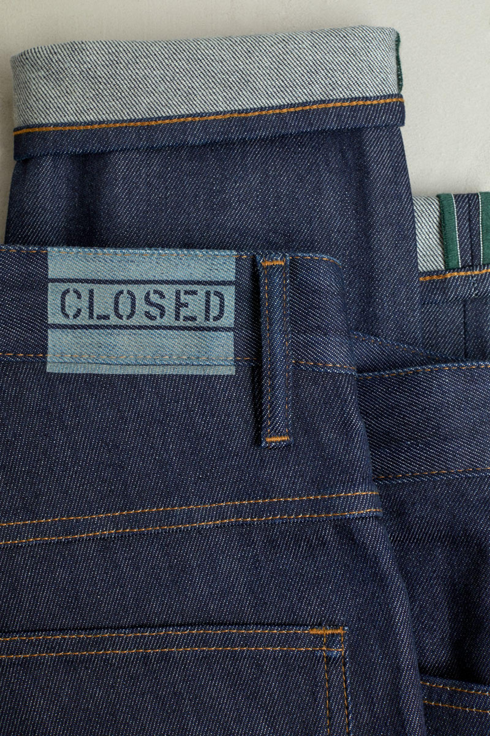 closed-degrable-denim-07