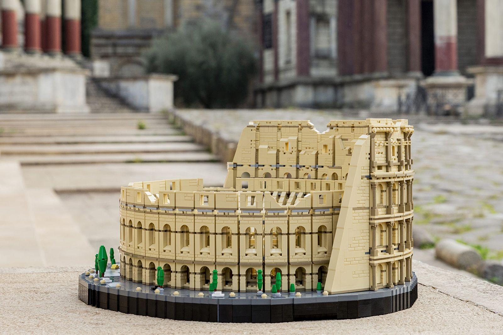 biggest-lego-sets-ever-01