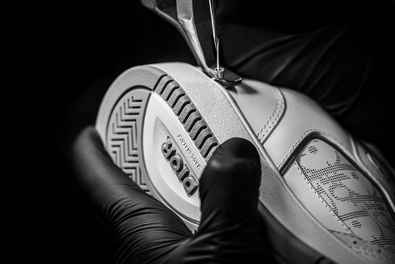 dior-b27-sneaker-release-date-price-new-02
