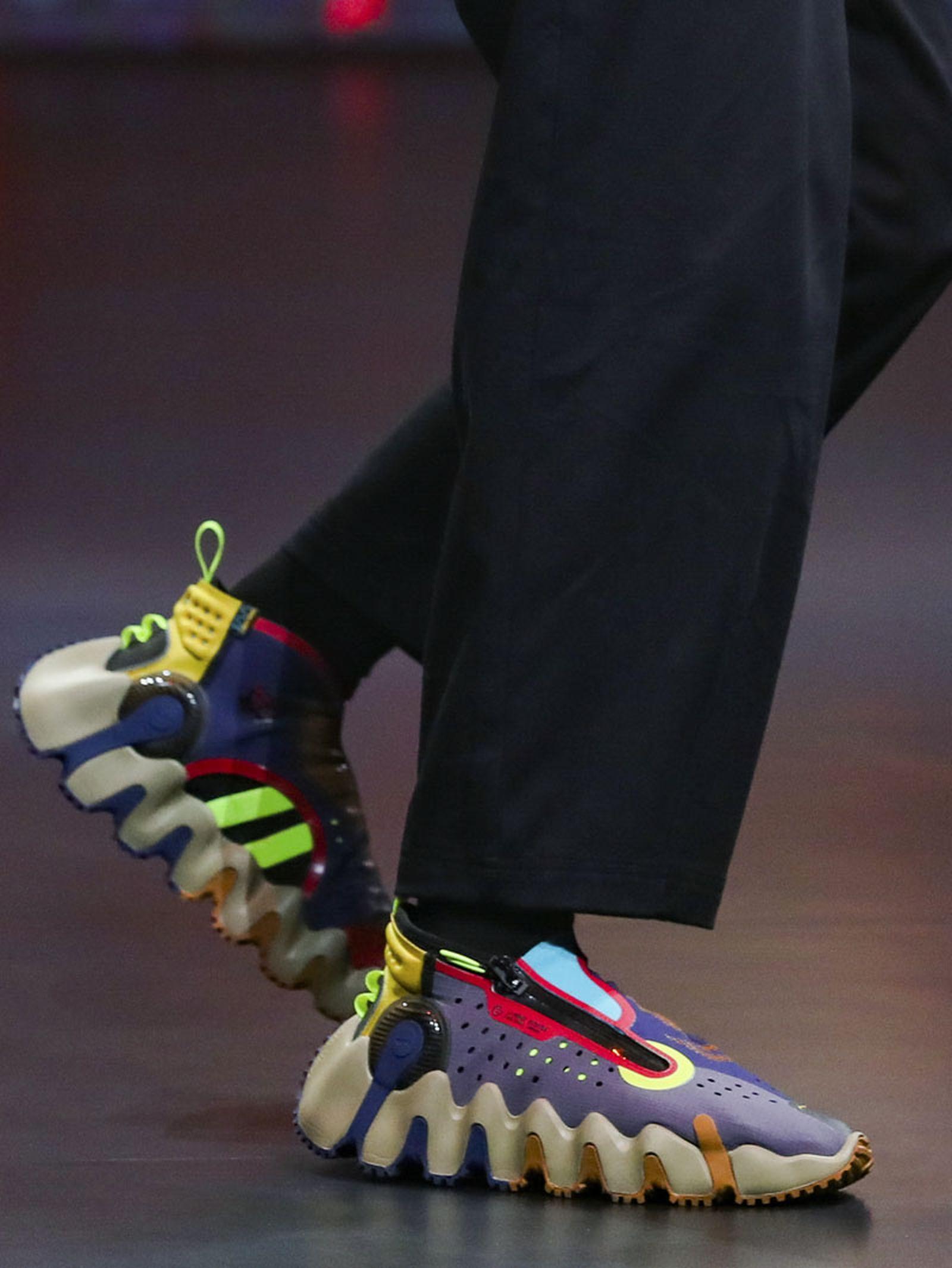 li-ning-ss21-footwear-collection-paris-fashion-week-014