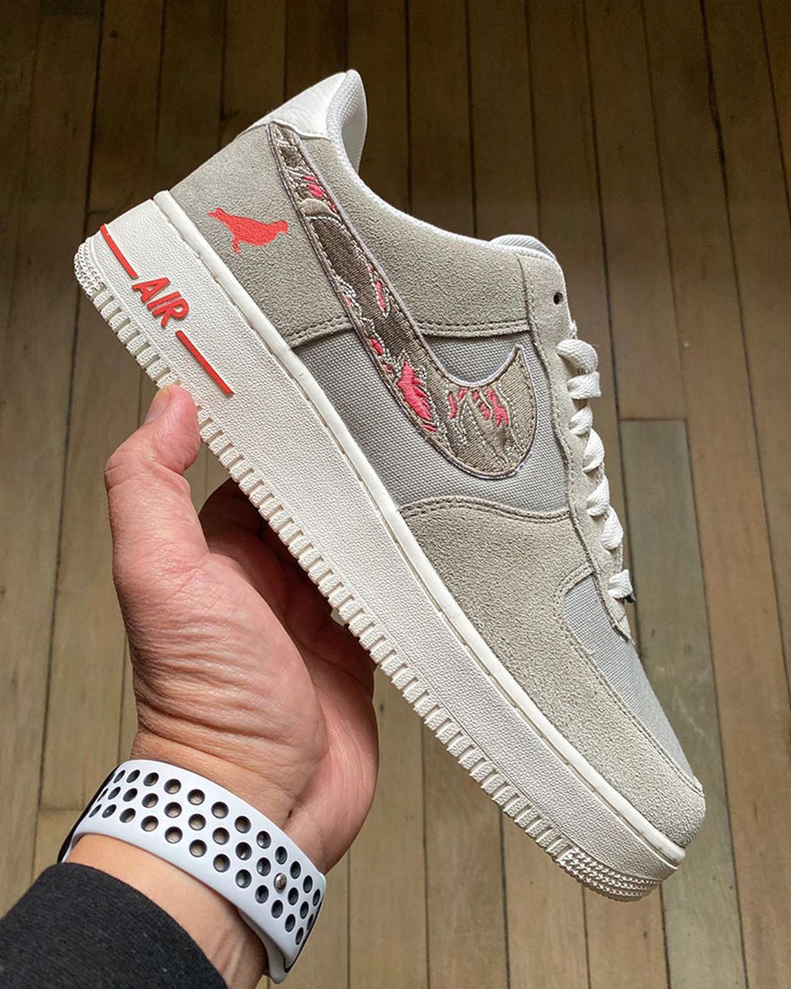 sabotage-staple-nike-air-force-1-release-date-price-04
