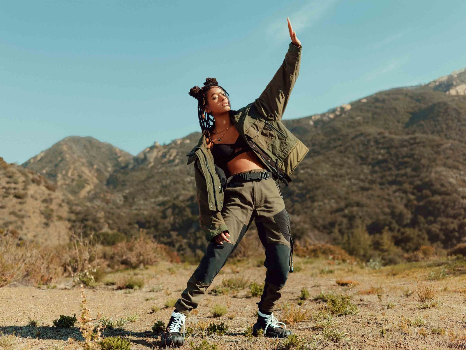 Willow Smith makes her debut as Onitsuka Tiger's new brand ambassador in FW20 campaign. (The campaign was shot before Covid-19).