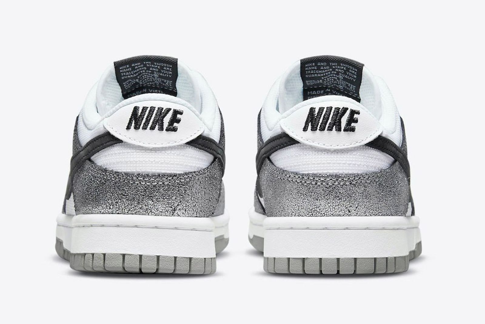 nike-metallic-silver-dunk-low-03