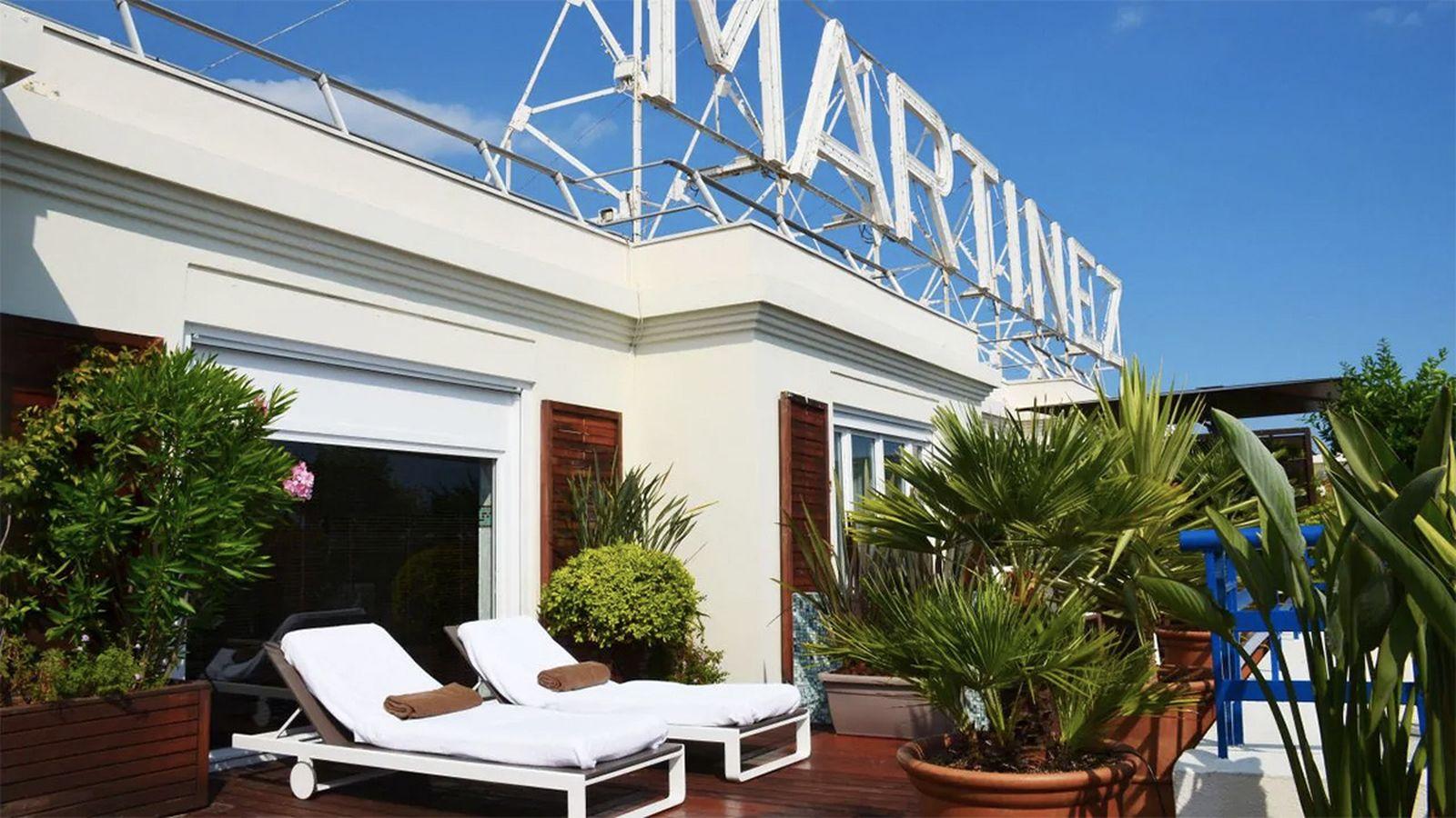 martinez hotel hotels plaza hotel the palms