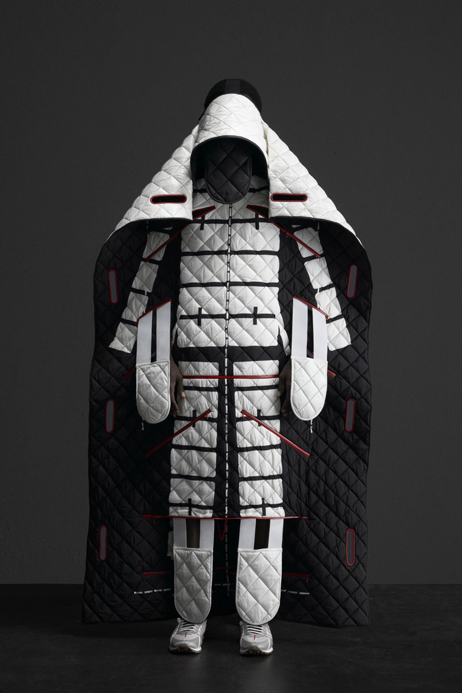 5 MONCLER CRAIG GREEN_COLLECTION IMAGES (5)