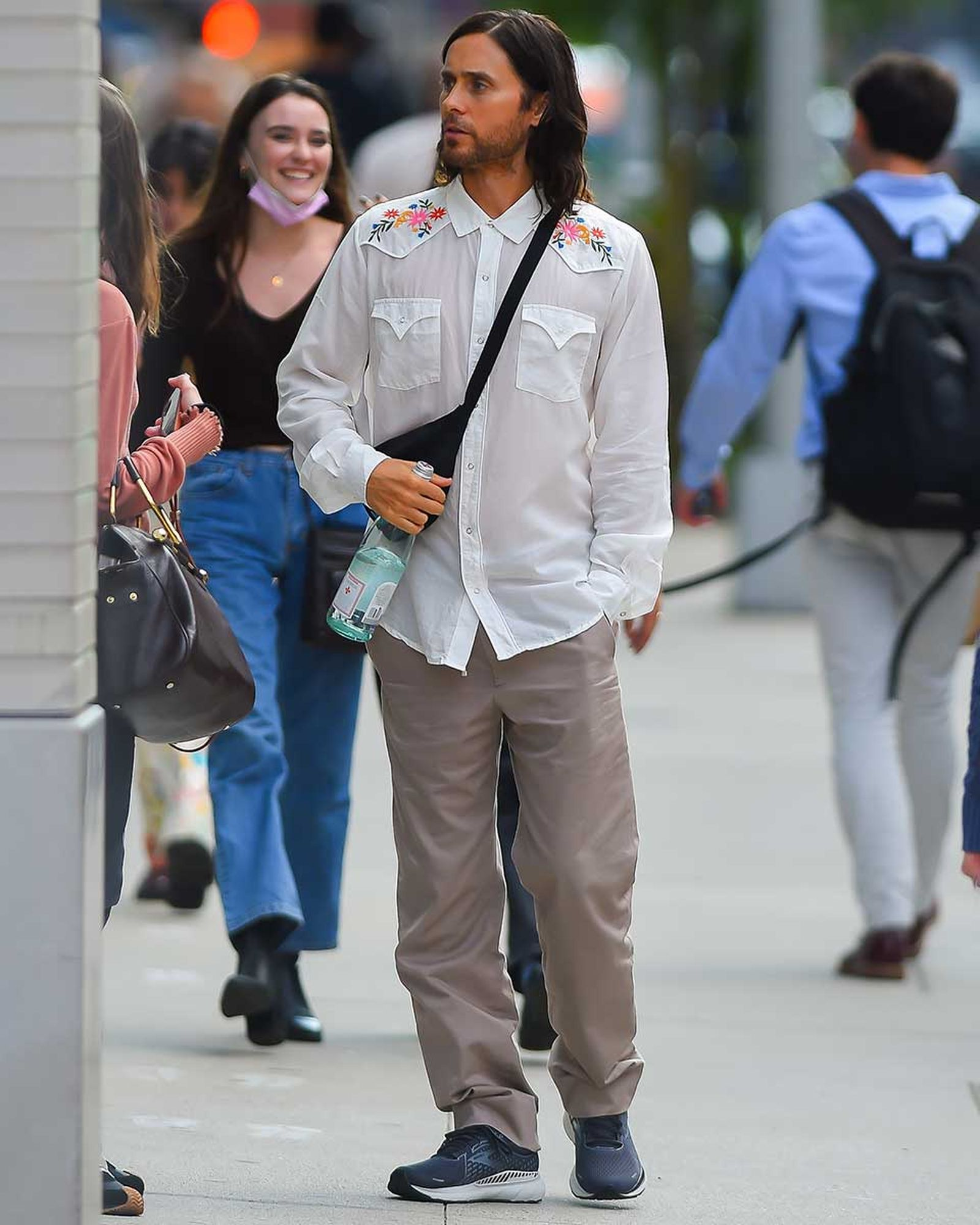 jared-leto-dad-outfit- (1)