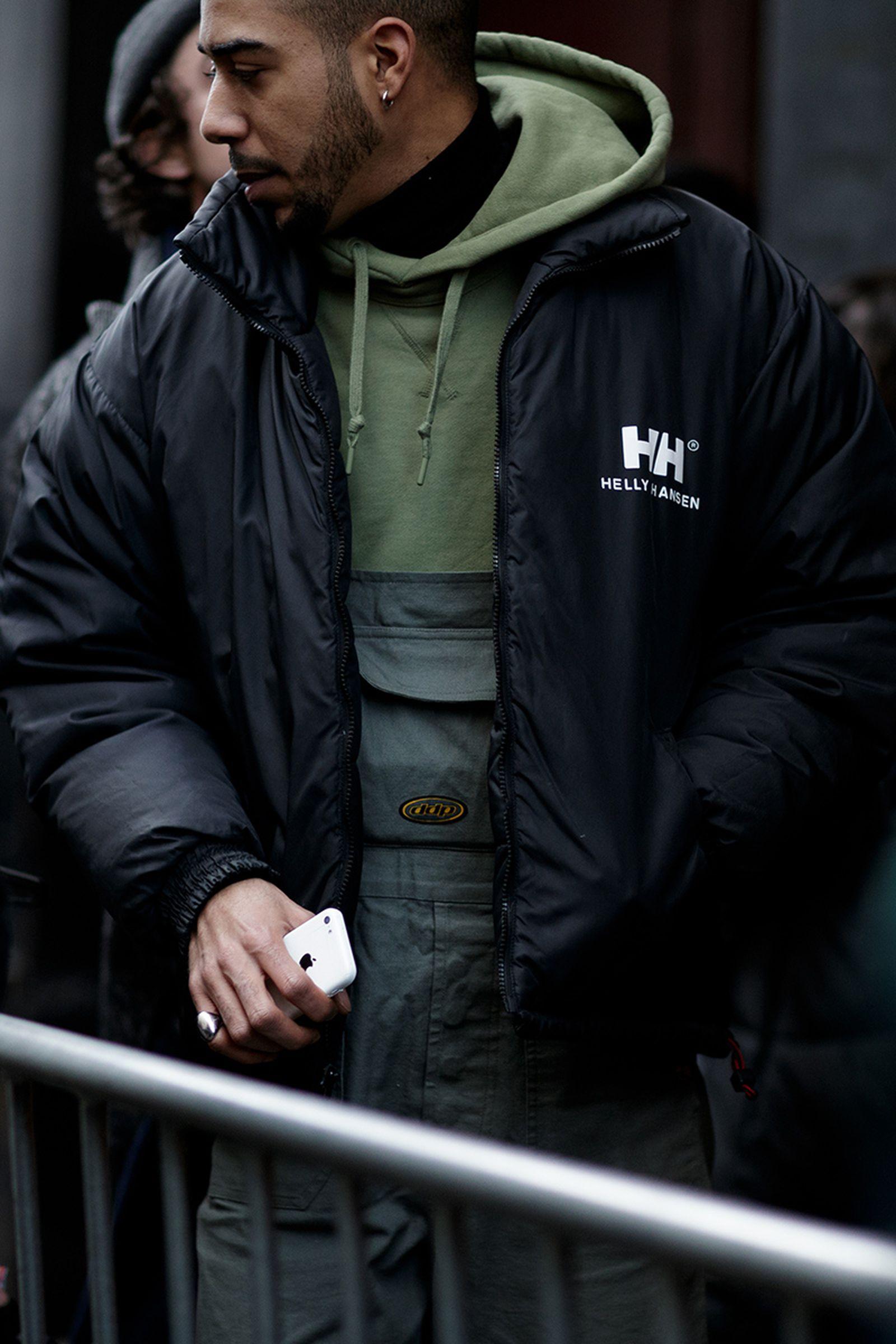 best outdoor wear buy online Gramicci Patagonia affix