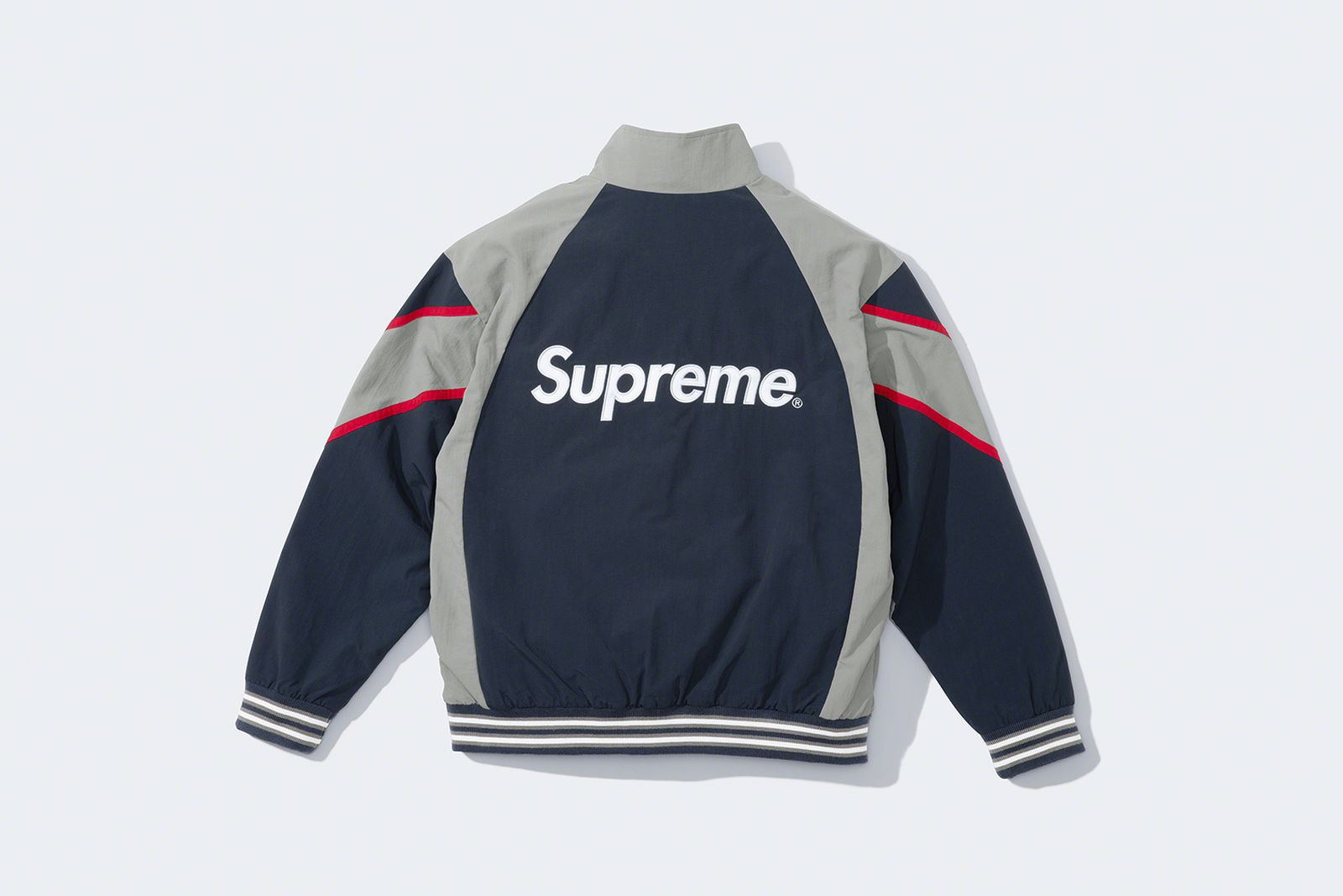 supreme-new-york-yankees-fw21-collection-4