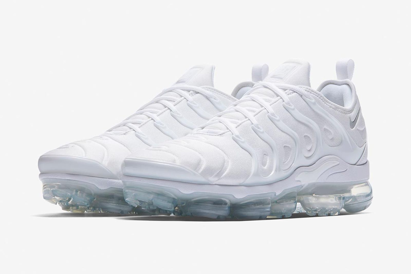 white sneakers 001 Adidas Converse Nike