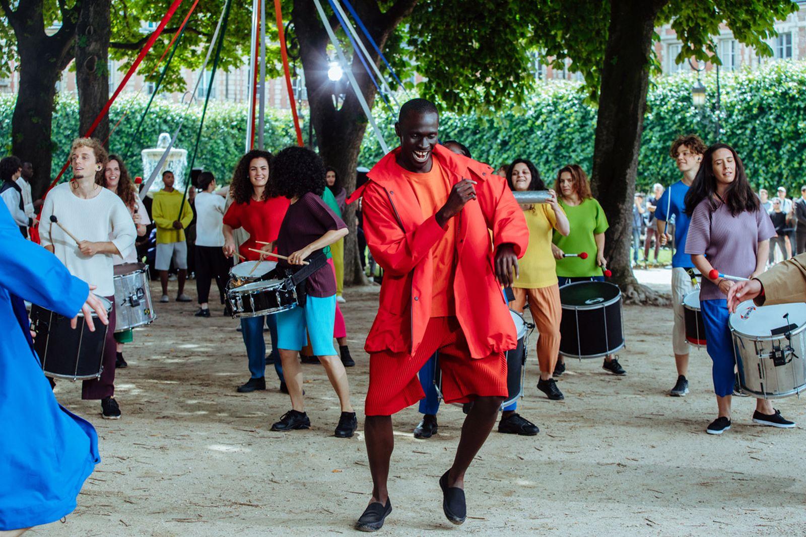 MSS20 Paris IsseyMiyake JulienTell ForWeb 11 Issey Miyake HOMME PLISSÉ paris fashion week runway
