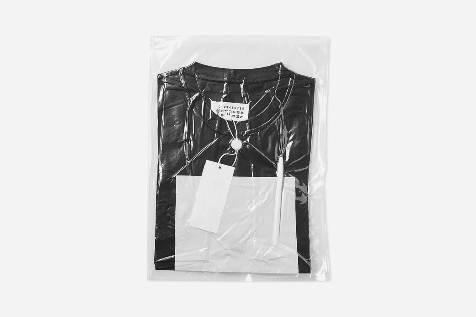 27 11 2017 maisonmargiela 10blackcanvastee black s50gc0494 s23182 900 hh 1 Stüssy end sale