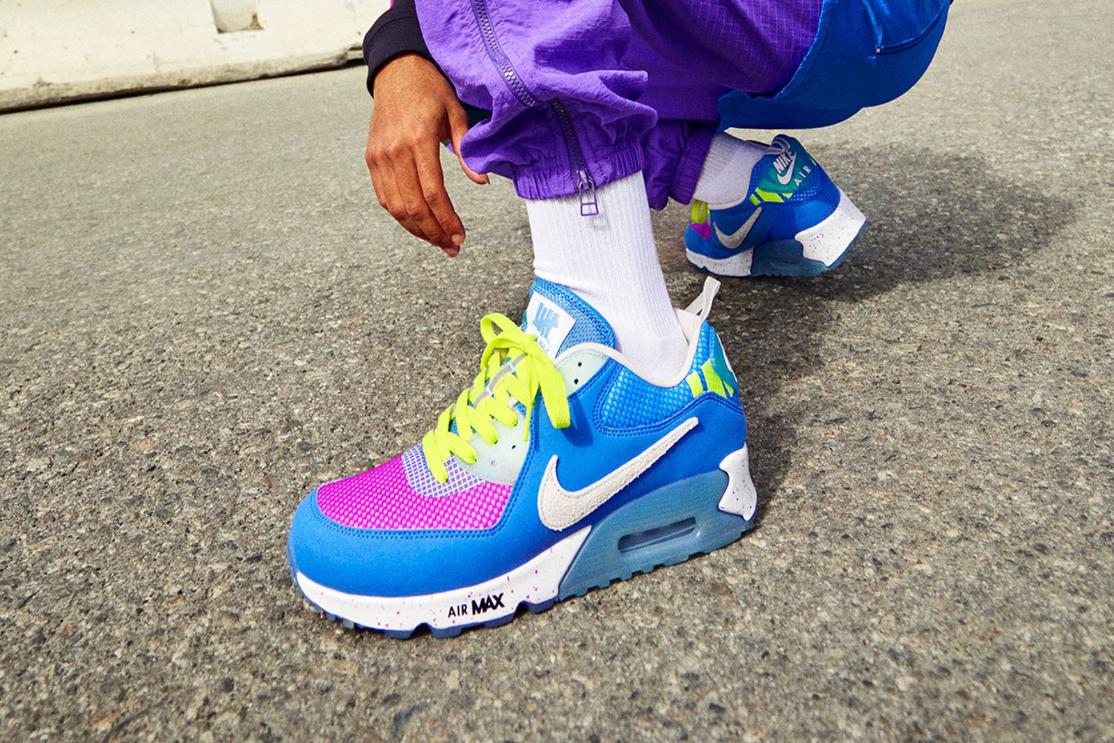 UNDEFEATED x Nike Air Max 90