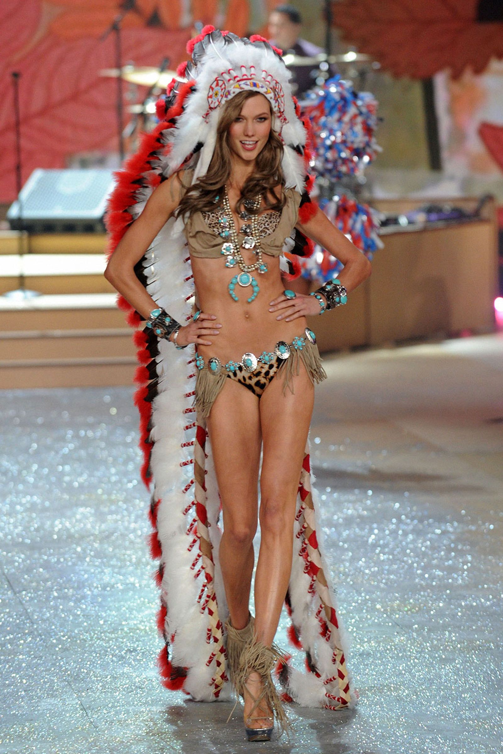native american cultural appropriation Pharrell Williams coachella gwen stefani