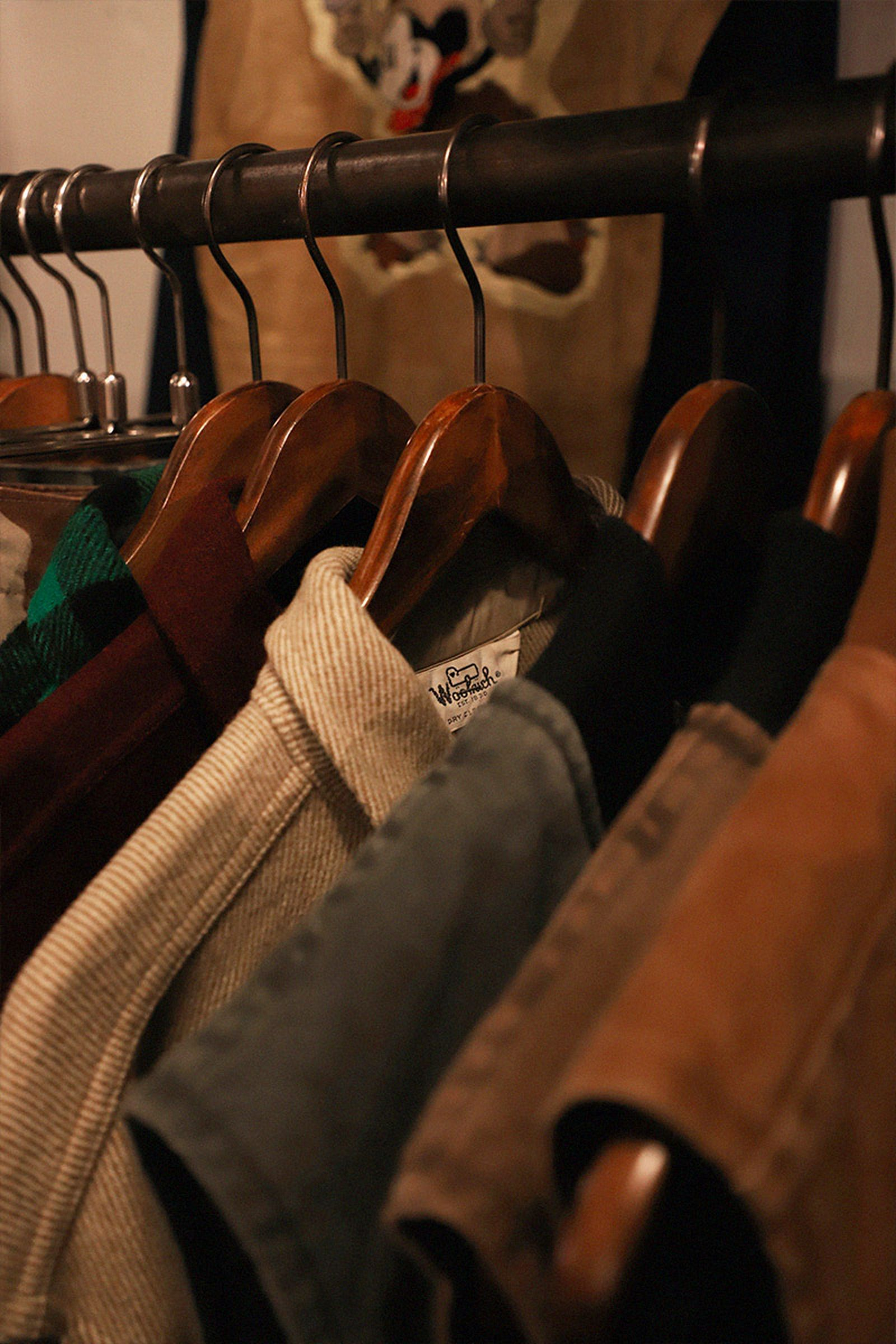 tokyo-best-vintage-store-guide-woolrich-pigsty-02
