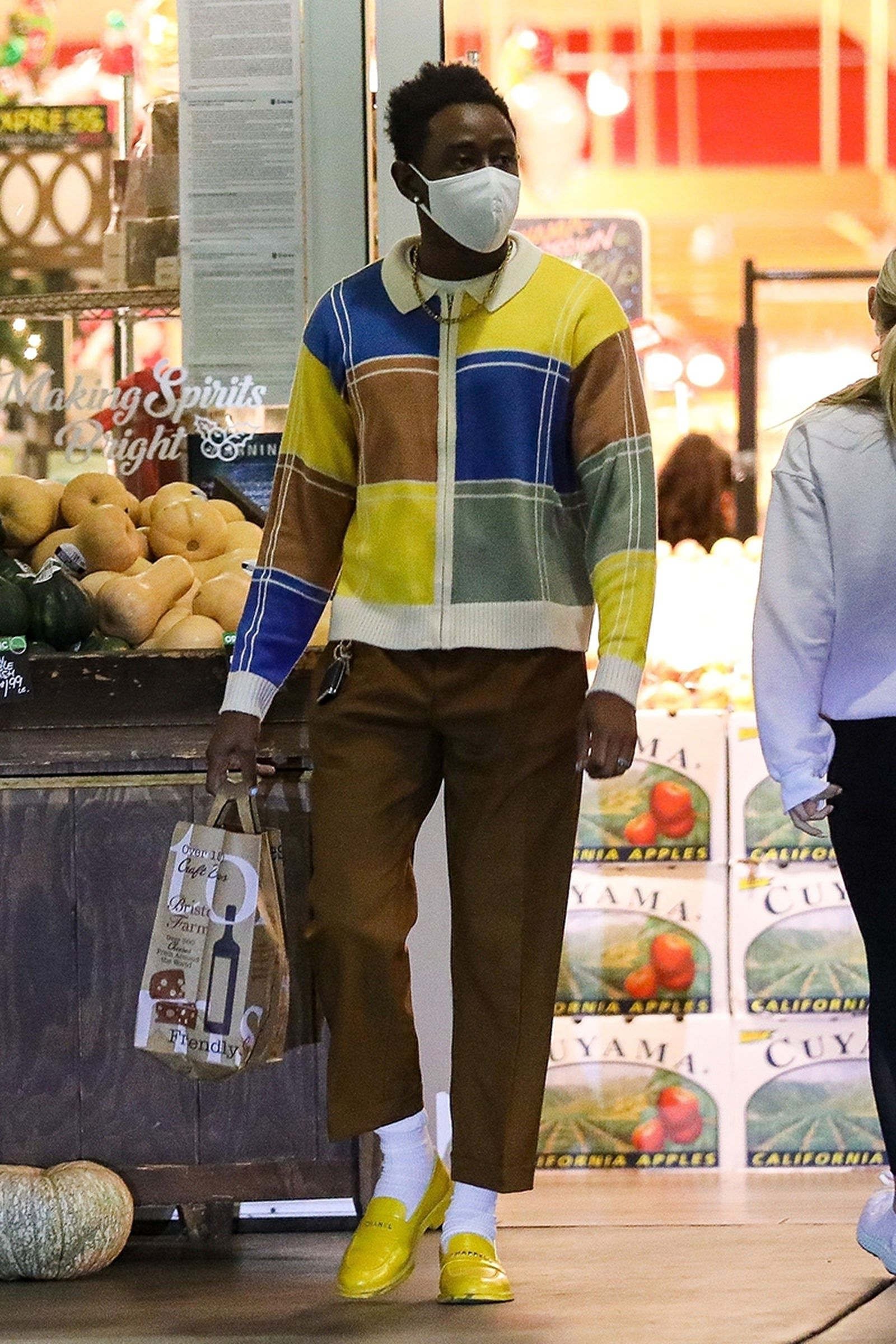 tyler-the-creator-shows-that-grocery-shopping-02