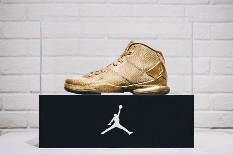 370f9044497a33 Jordan Brand Presents 23-Karat-Gold Jordan Super.Fly 4