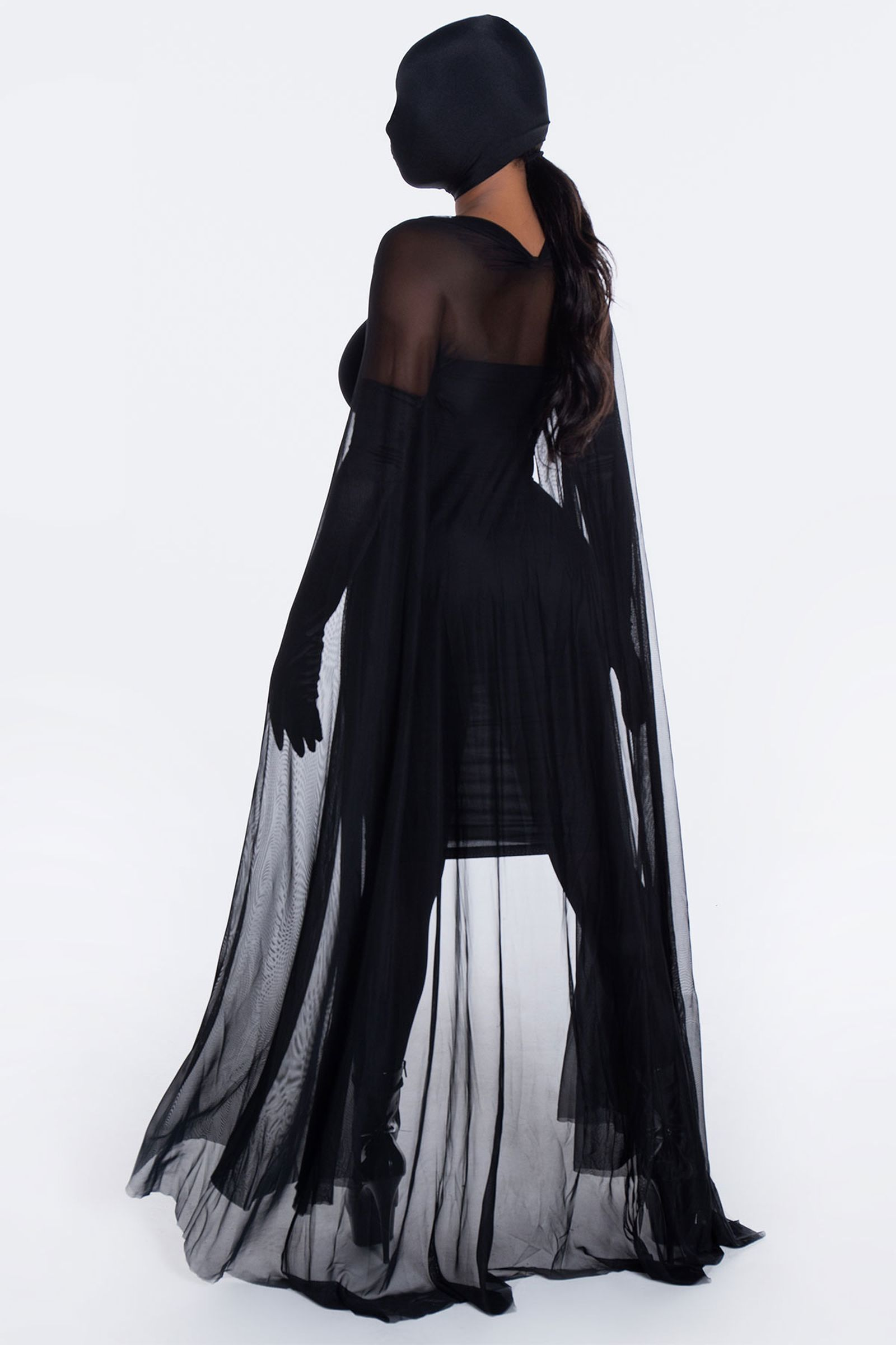 kim-kardashian-halloween-costume-02