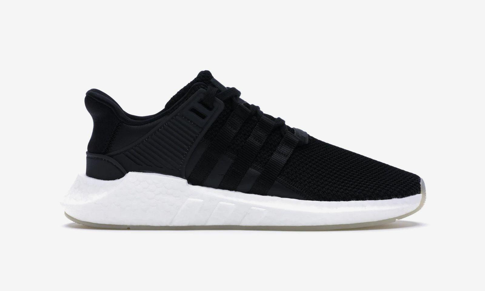 black-sneakers-02