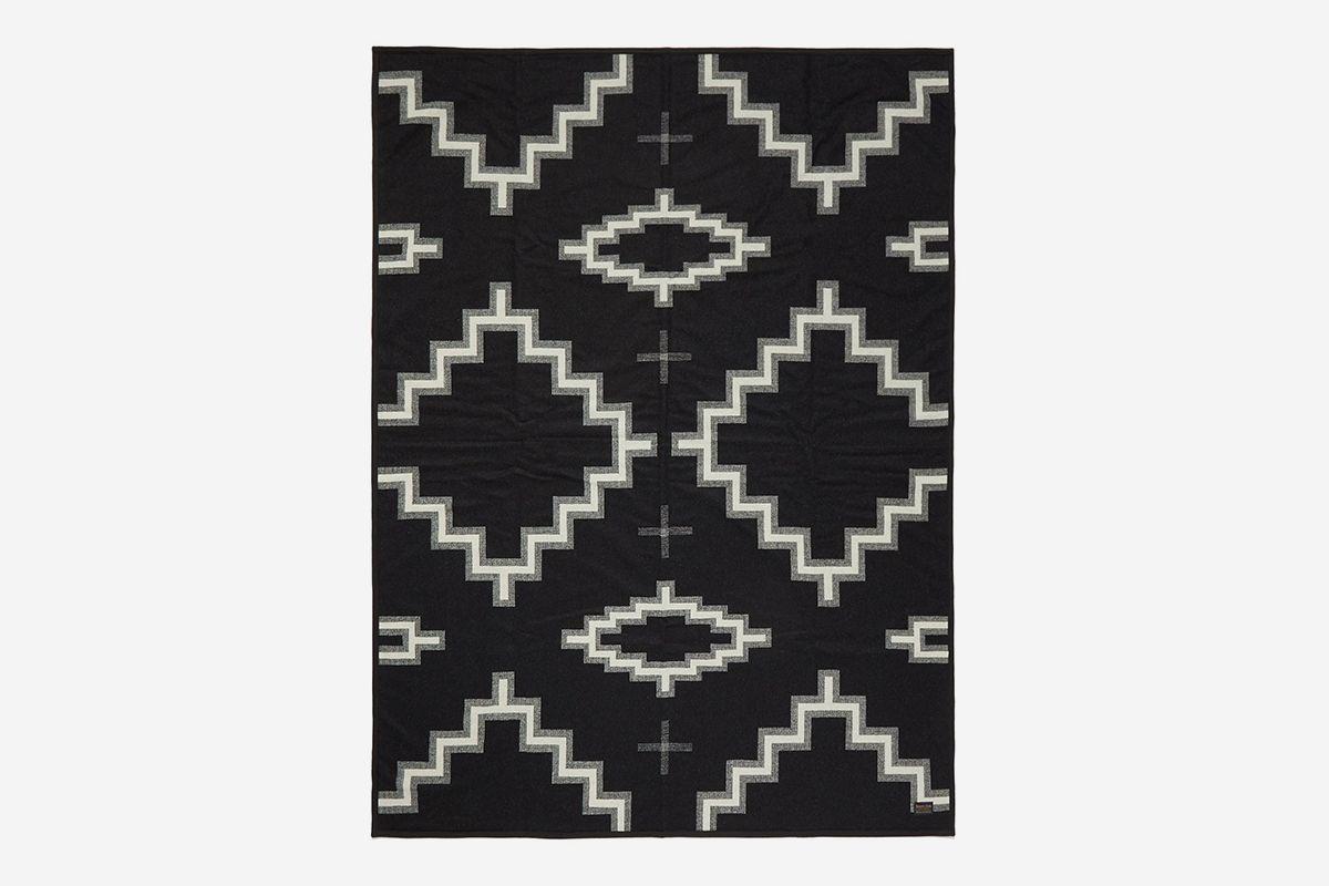 Kiva Steps Wool Blanket