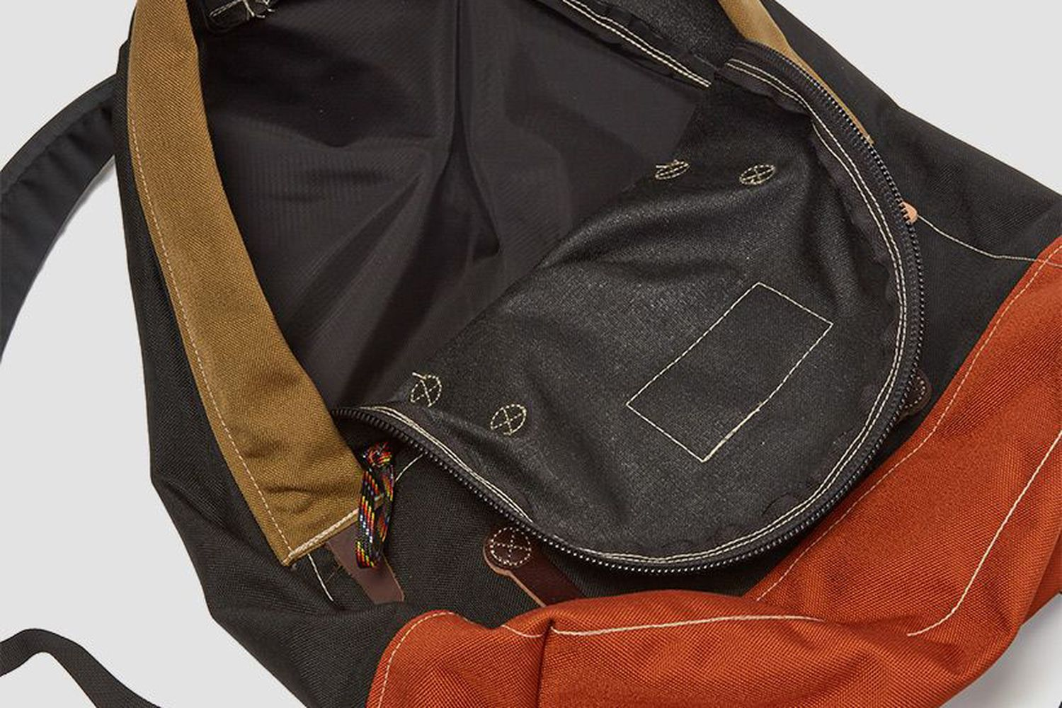 Lupine Day Pack