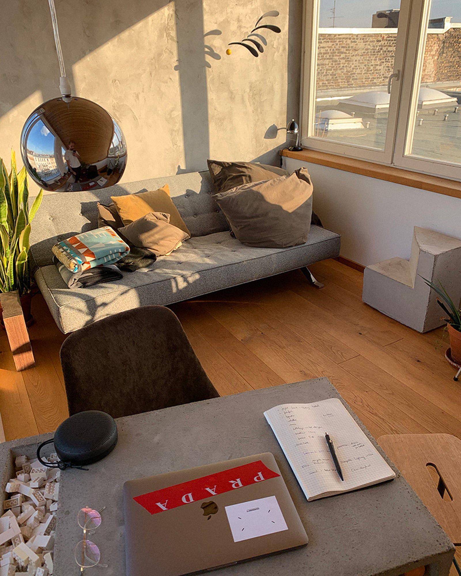 wfh-office-tour-look-inside-home-offices-herbert-03