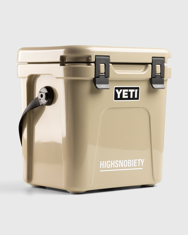 Highsnobiety - Yeti Roadie 24 Hard Cooler Brown - Image 3