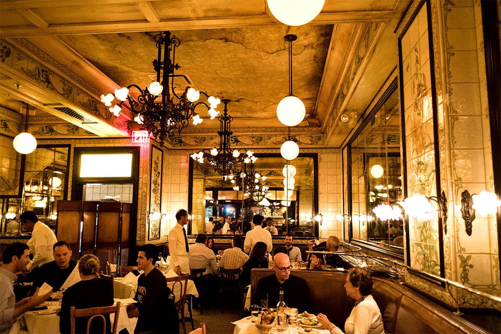 new york mid range restaurants lead AMEX american express platinum food & drink