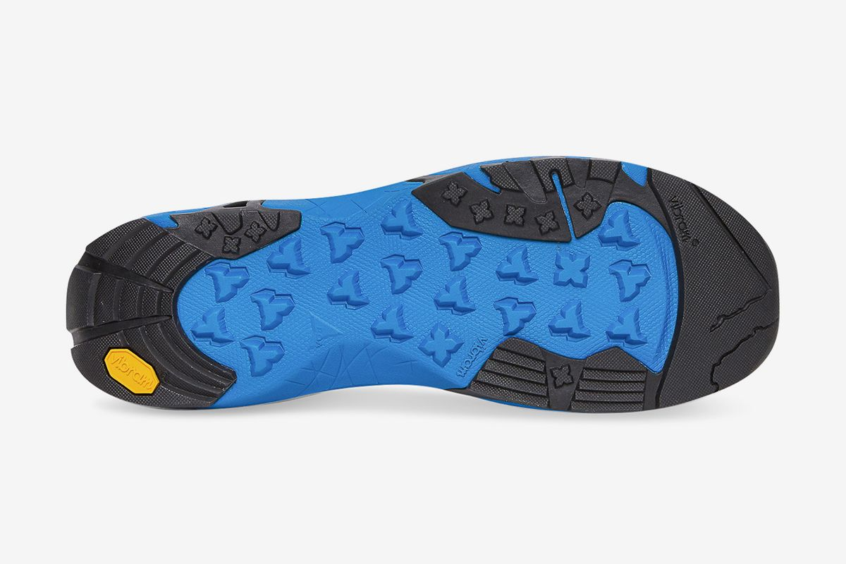ROA's Banging New Slip-On Goes From the Streets to the Trails 64