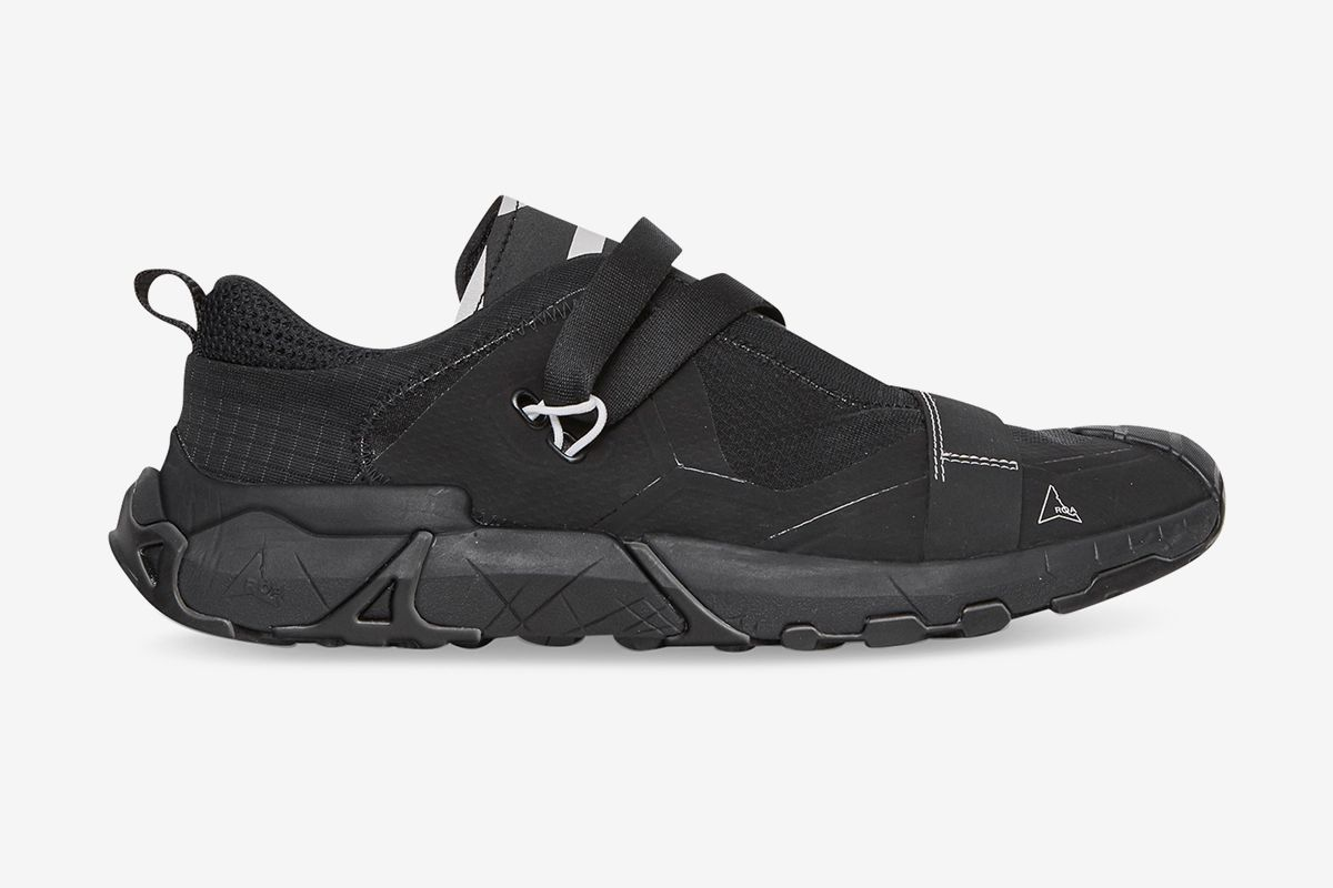 ROA's Banging New Slip-On Goes From the Streets to the Trails 67