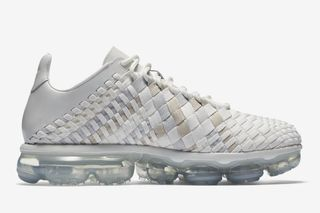 bf27959e35d85 Here s How to Cop Nike s Hybrid Air Vapormax Inneva