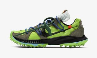 reputable site f76c2 79a3a OFF-WHITE   038  Nike Continue Collaboration With Track   038