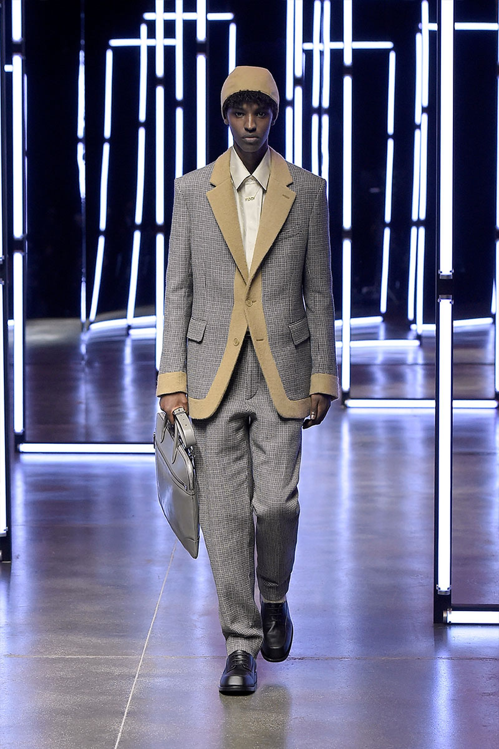 fendi-fall-mens-collection-2021-41