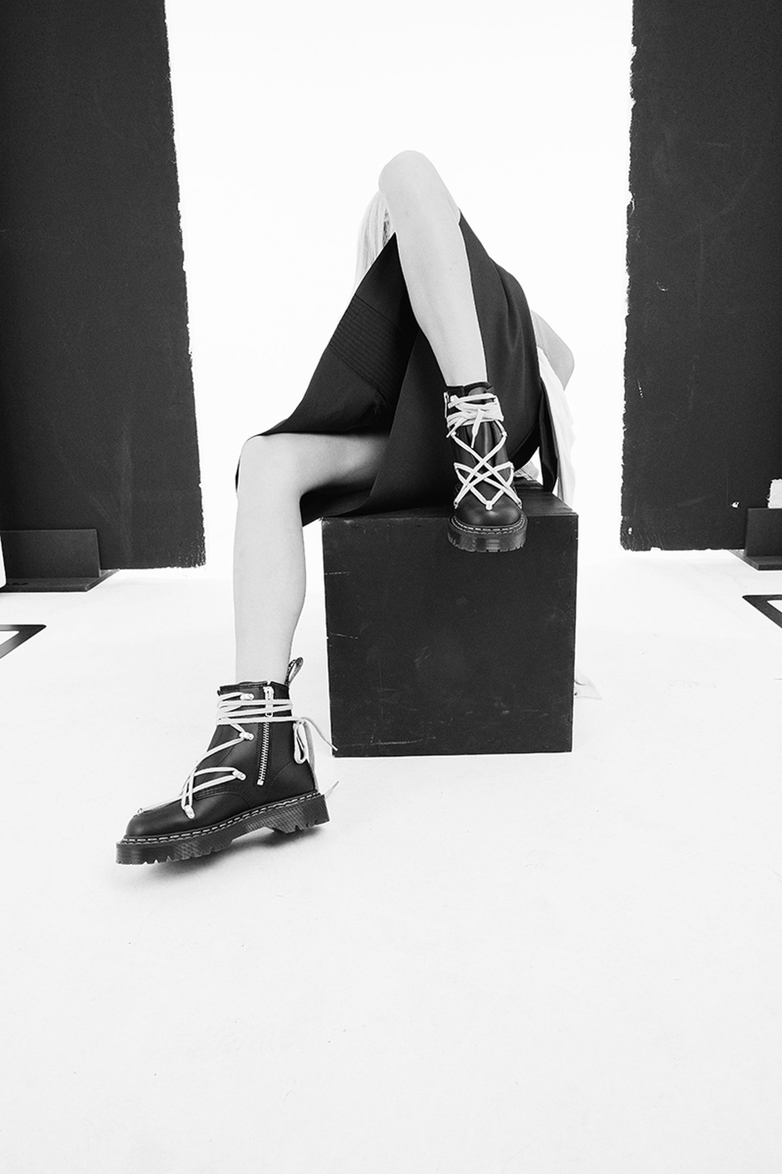 rick-owens-dr-martens-1460-bex-release-date-price-02